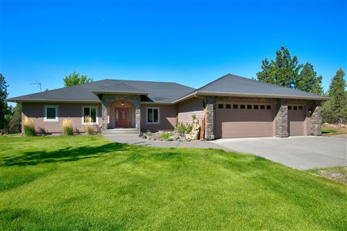 Photo of 17865 Mountain View Road, Sisters, OR 97759 (MLS # 220124032)