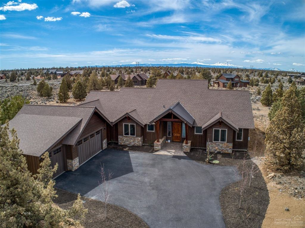 Photo for 17882 Southwest Chaparral Drive, Powell Butte, OR 97753 (MLS # 201807032)