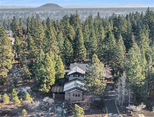 Photo of 240 NW Skyliner Summit Loop, Bend, OR 97703 (MLS # 220113040)