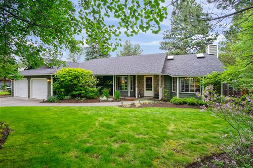 Photo of 61580 Range Place, Bend, OR 97702 (MLS # 220125042)
