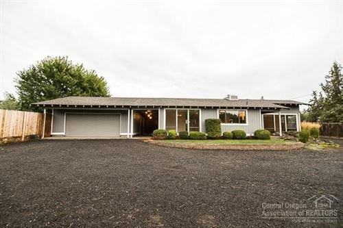 Photo of 13535 SW Cinder Drive, Terrebonne, OR 97760 (MLS # 201909044)