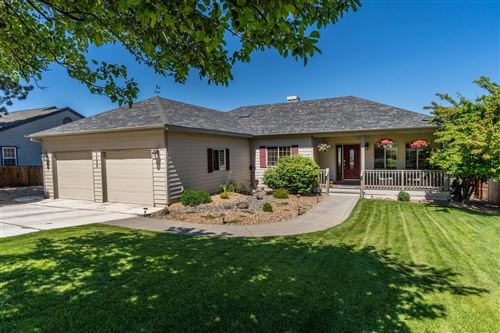 Photo of 2496 SW 34th Drive, Redmond, OR 97756 (MLS # 220104047)