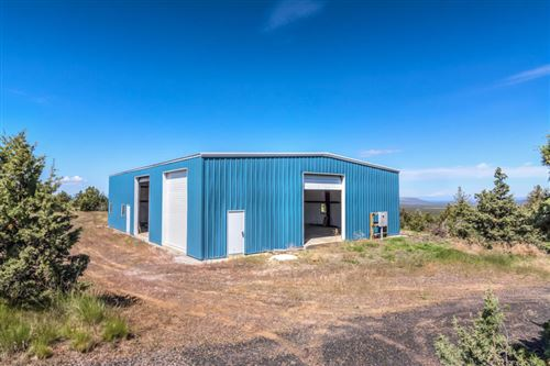 Photo of 15626 SE Springfield Street, Prineville, OR 97754 (MLS # 220102052)