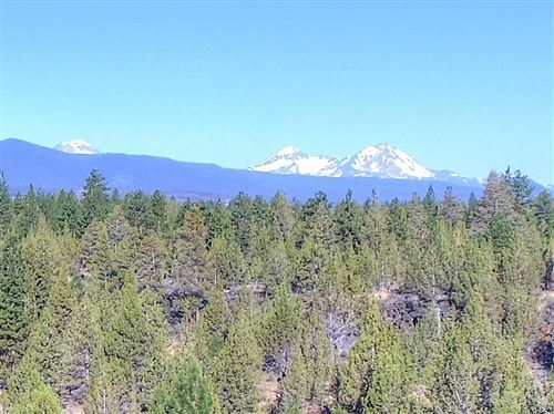Photo of 201 Saddleback Drive, Bend, OR 97703 (MLS # 201807060)