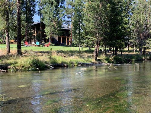 Photo of 15120 Yellow Pine Loop, Bend, OR 97707 (MLS # 220126068)