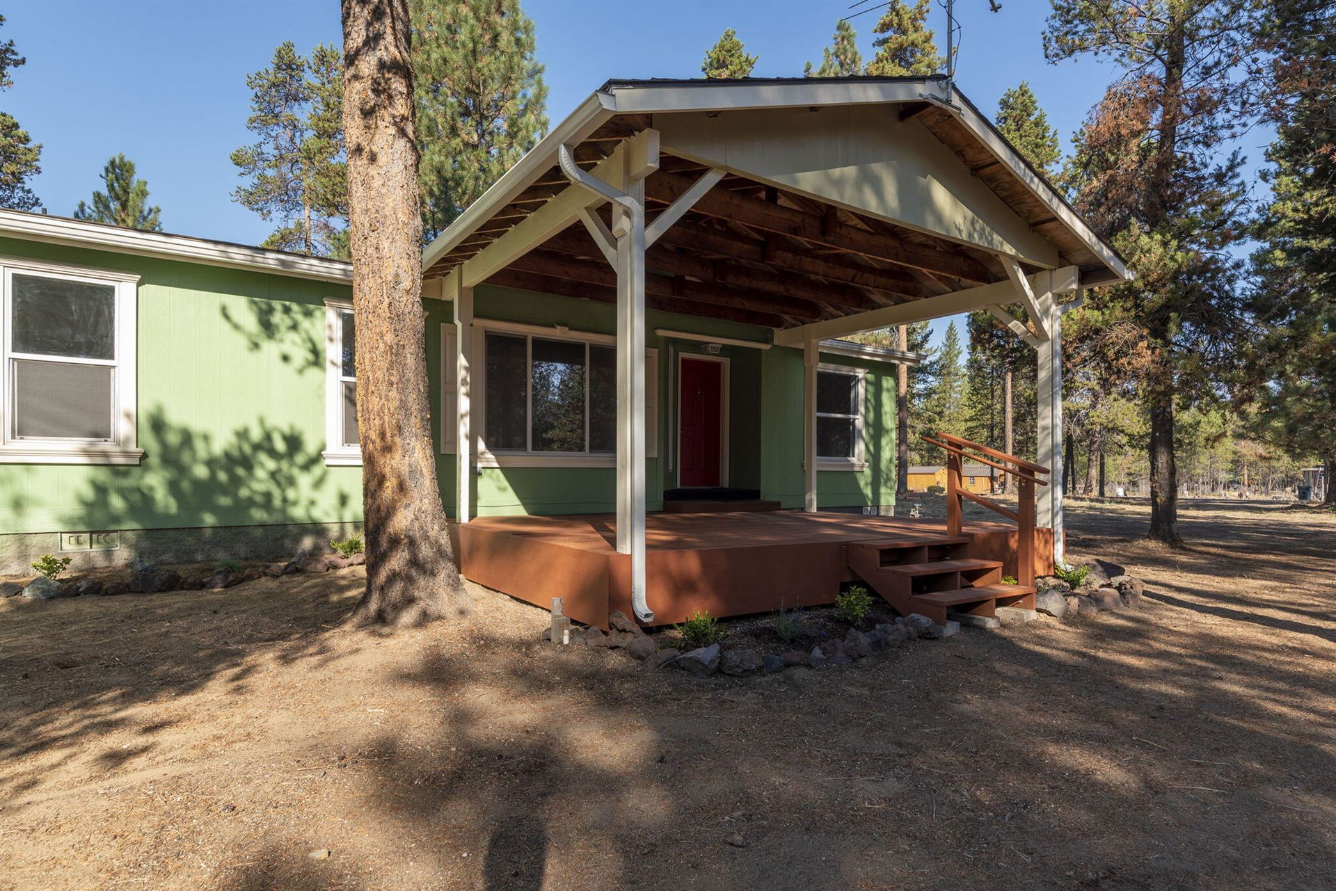 Photo of 16049 Green Forest Road, La Pine, OR 97739 (MLS # 220132068)