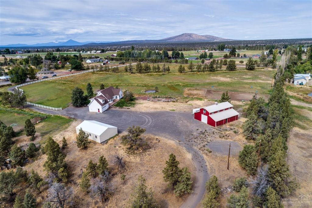 Photo for 21075 Young Avenue, Bend, OR 97701 (MLS # 201800070)