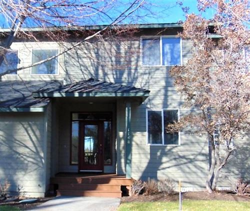 Photo of 1148 Golden Pheasant Drive, Redmond, OR 97756 (MLS # 220113071)