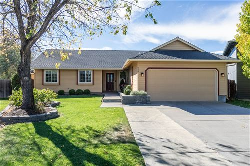 Photo of 929 NW 22nd Court, Redmond, OR 97756 (MLS # 220111072)