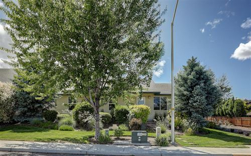 Photo of 2835 SW 31st Street, Redmond, OR 97756 (MLS # 220125072)