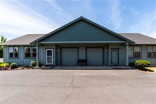 Photo of 826 NE Hidden Valley Drive, Bend, OR 97701 (MLS # 220104074)