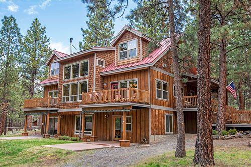 Photo of 16020 Cattle Drive Road, Sisters, OR 97759 (MLS # 220100075)
