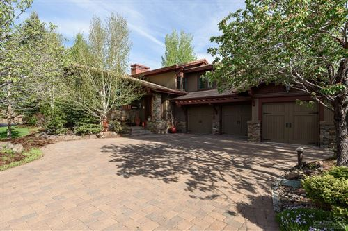 Photo of 19336 Golden Lake Court, Bend, OR 97702 (MLS # 201904087)