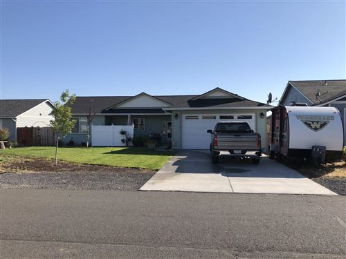 Photo of 318 Timothy Drive, Culver, OR 97734 (MLS # 220105087)