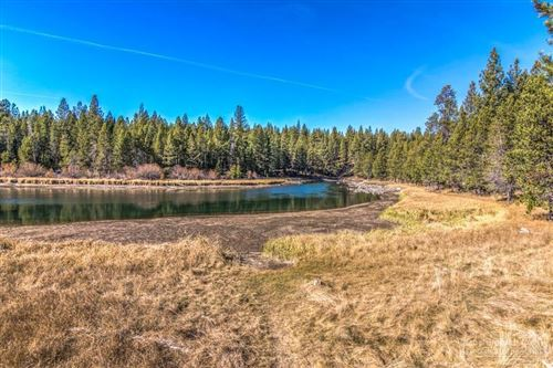 Photo of 58123 Gannet Lane, Sunriver, OR 97707 (MLS # 202000100)