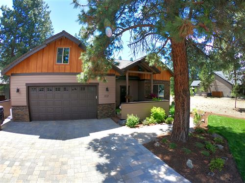 Photo of 1121 E Timber Pine Drive, Sisters, OR 97759 (MLS # 220104106)