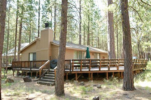 Photo of 70705 Steeple Bush, Black Butte Ranch, OR 97759 (MLS # 220104111)