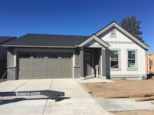 Photo of 4451 SW 36th Street, Redmond, OR 97756 (MLS # 220115114)