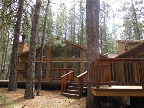 Photo of 70782 Banberry, Black Butte Ranch, OR 97759 (MLS # 220101127)