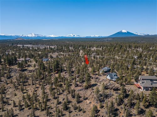 Photo of Lot 12 Mountain View Road, Sisters, OR 97759 (MLS # 220120128)