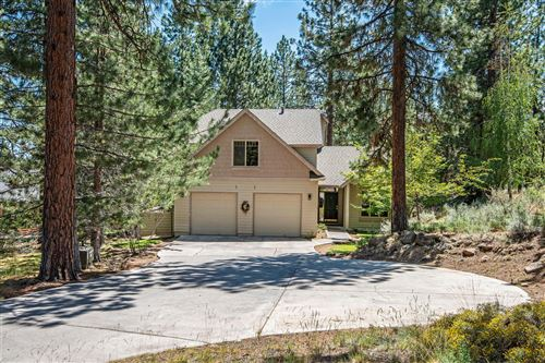 Photo of 1197 NW Elliot Court, Bend, OR 97703 (MLS # 220104129)