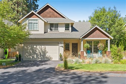 Photo of 19558 Meadowbrook Drive, Bend, OR 97702 (MLS # 220132131)