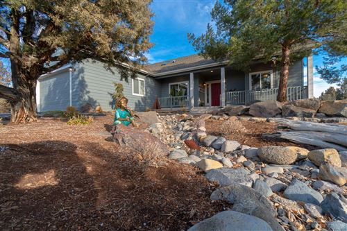 Photo of 1256 Cannon Falls Court, Redmond, OR 97756 (MLS # 202000139)