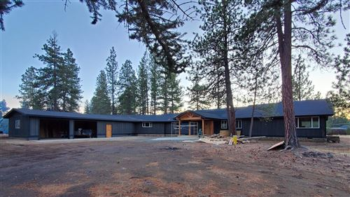 Photo of 60383 Lakeview Drive, Bend, OR 97702 (MLS # 202001139)