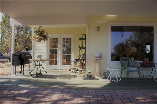 Photo of 2234 SE Morningside Drive, Prineville, OR 97754 (MLS # 220110142)