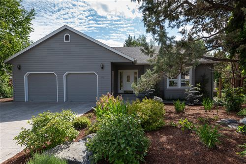 Photo of 998 NE Francis Court, Bend, OR 97701 (MLS # 220125142)