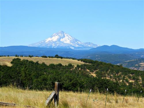 Photo of 4999 Pleasant Ridge Road, The Dalles, OR 97058 (MLS # 220130144)