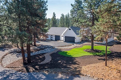 Photo of 17090 Wilt Road, Sisters, OR 97759 (MLS # 220108148)