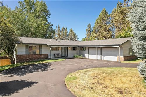 Photo of 1499 NW Quincy Avenue, Bend, OR 97703 (MLS # 220128148)