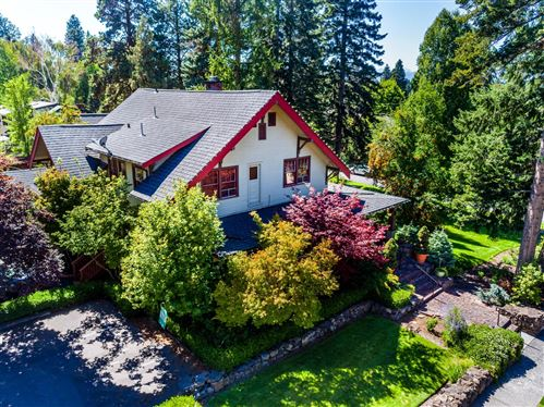 Photo of 640 NW Congress Street, Bend, OR 97702 (MLS # 220101150)