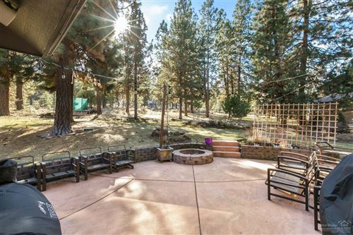 Tiny photo for 2063 NW Cabot Lake Court, Bend, OR 97703 (MLS # 202001151)