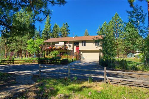 Photo of 69065 Barclay Drive, Sisters, OR 97759 (MLS # 220105159)