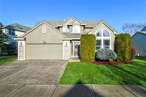 Photo of 11093 SW Parkview Drive, Wilsonville, OR 97070 (MLS # 220115159)