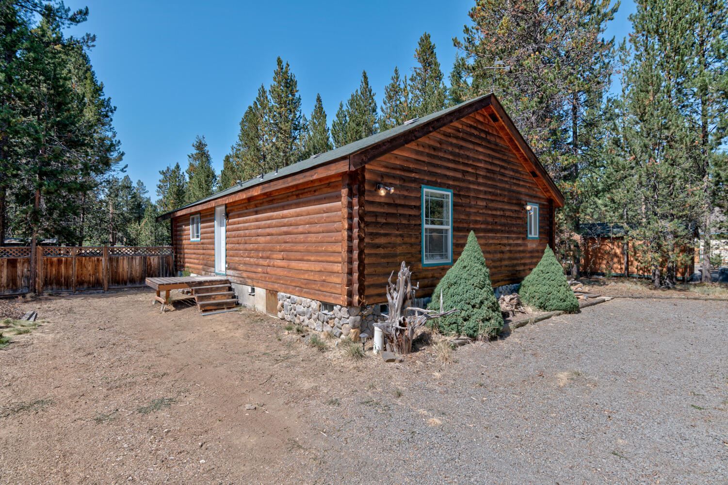 Photo of 55861 Wood Duck Drive, Bend, OR 97707 (MLS # 220131165)