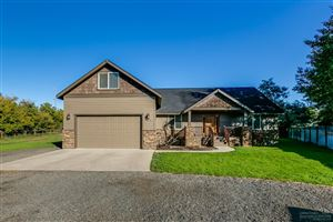 Photo of 1135 NW 10th Street, Prineville, OR 97754 (MLS # 201909167)