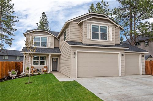 Photo of 718 N Roundhouse Court, Sisters, OR 97759 (MLS # 220101172)