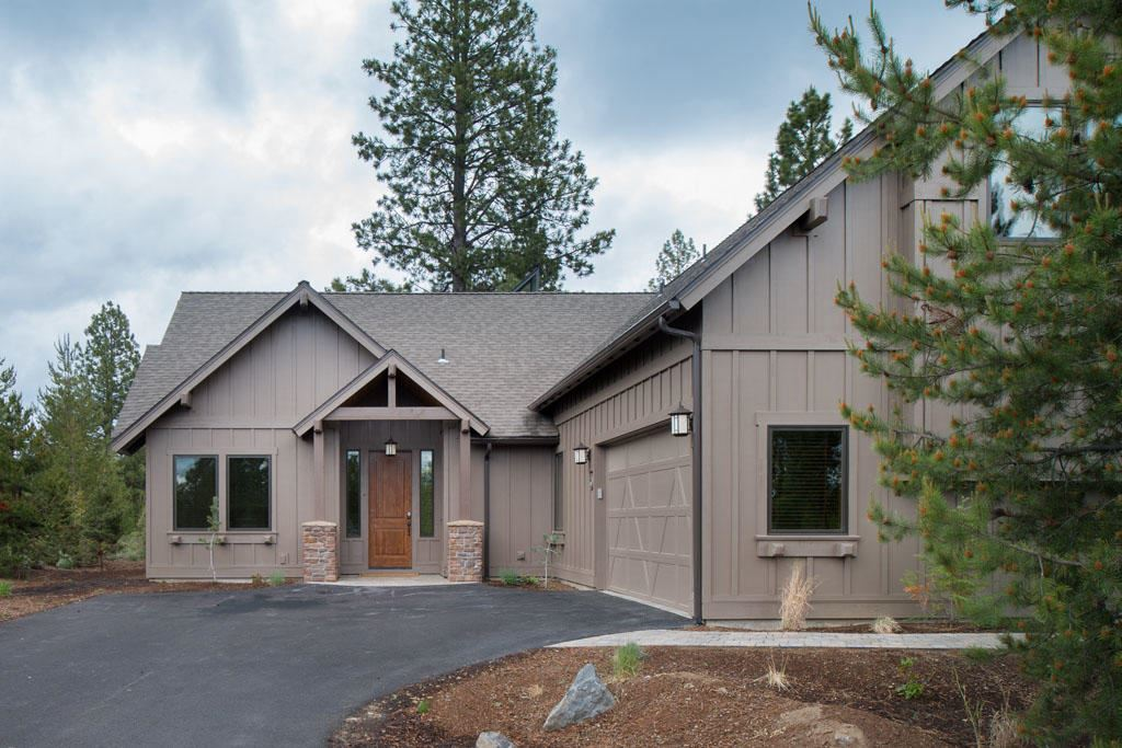 Photo of 56562 Caldera Springs Court, Bend, OR 97707 (MLS # 220106176)
