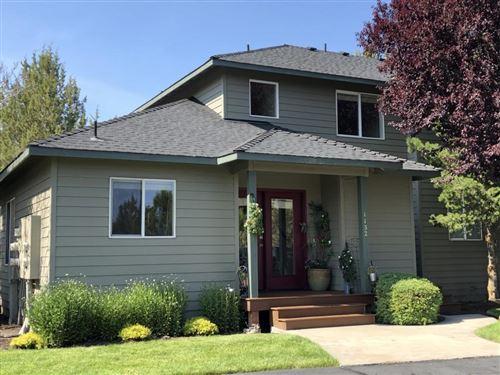 Photo of 1132 Golden Pheasant Drive, Redmond, OR 97756 (MLS # 220104185)