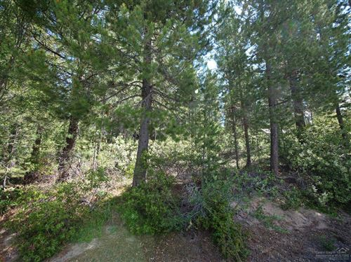 Photo of 43 Clear Spring Way, Crescent Lake, OR 97733 (MLS # 201901189)