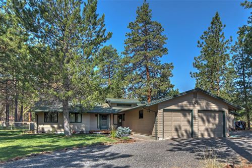 Photo of 69470 Lasso, Sisters, OR 97759 (MLS # 220106201)