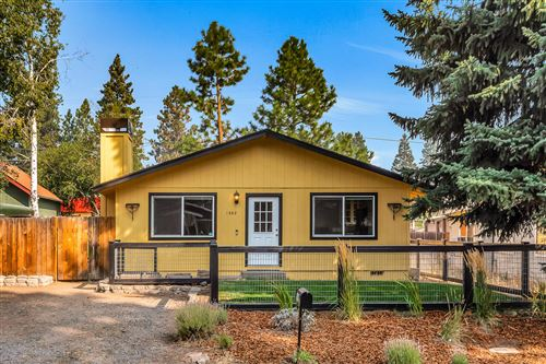 Photo of 1362 NW Fresno Avenue, Bend, OR 97703 (MLS # 220109212)