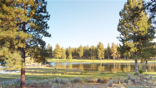 Photo of 17087 Golden Stone Drive, Sisters, OR 97759 (MLS # 220109214)