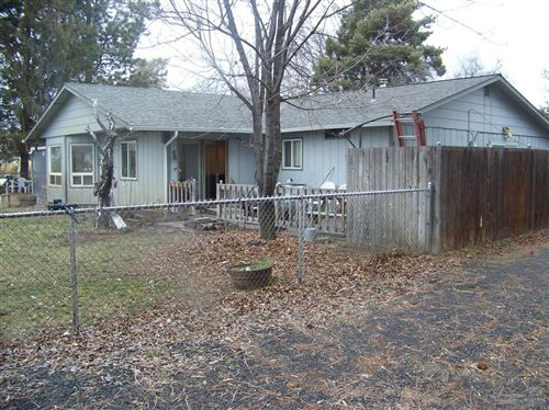 Photo of 1813 NW Village Court, Prineville, OR 97754 (MLS # 202000216)
