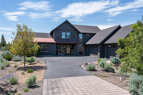 Photo of 17207 SW Chaparral Drive, Powell Butte, OR 97753 (MLS # 220102222)