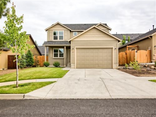 Photo of 611 SE Glengarry Place, Bend, OR 97702 (MLS # 220104234)
