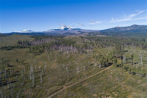 Photo of 2 Forest Service Rd 2060, Sisters, OR 97759 (MLS # 202001236)